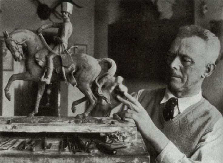 Теодор Кернер работает над моделью «Ziethen-Husar 1765», модель №115, [«Мюнхенская Мозаика», март 1938, стр. 88 - Фото: H. Hoffmann]